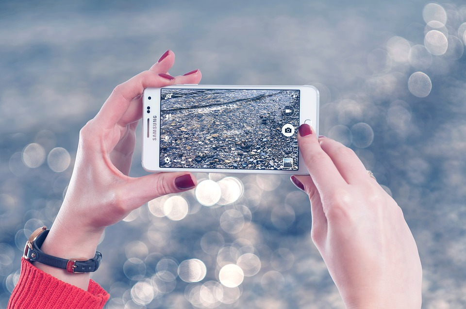 Samsung présentera son smartphone pliable en mars 2019